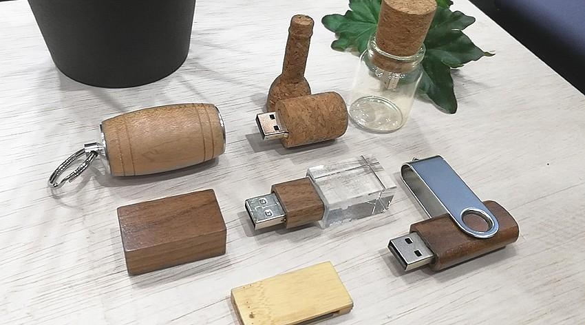 Wooden USB Flash Drive / Eco Friend USB Flash Drive