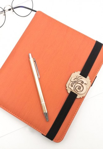 Woody Embellishment Notebook