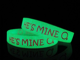 Glow in Dark Silicone Wristband With Ink Filled