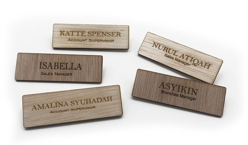 WD08000-400/0-28 Wooden Name Badge With Personalised